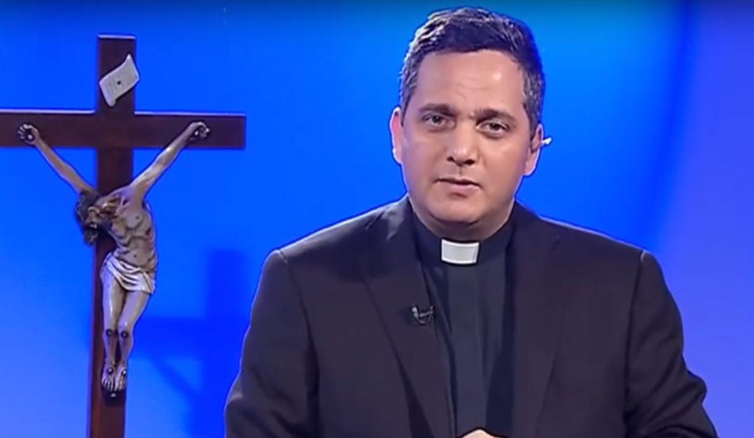 Padre Claudio Barbut fala sobre a oração do Pai Nosso